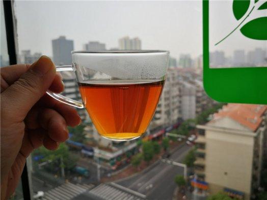 如何选购老黑茶,黑茶有什么样的功效?